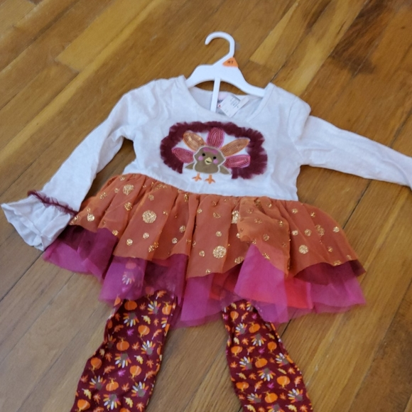 Girls 2 piece Thanksgiving outfit NWT